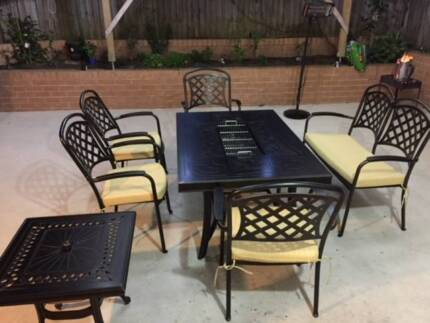 Outdoor setting with bbq and ice box