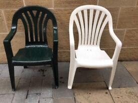 6 plastic garden chairs -3 green & 3 white
