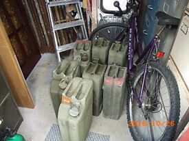 5 jerry cans £ 30 or single £6 each