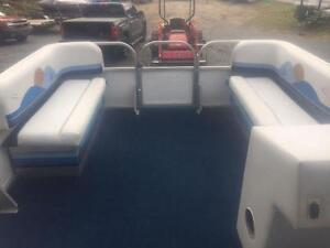 ***NEW ARRIVAL*** 2006 18' SUN PARTY 18' PONTOON WITH 4 STROKE Peterborough Peterborough Area image 10