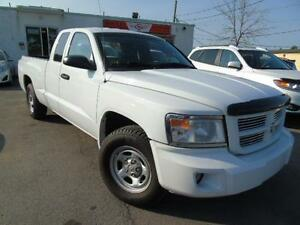 2008 DODGE DAKOTA AUTOMATIC V6 4X4 SLT POWER SEAT !!! WE FINANCE