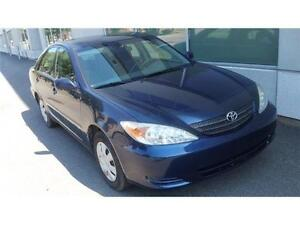 2003 Toyota Camry LE tres bas Milleage