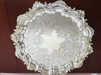 Silverplate serving tray / Rideau plate England