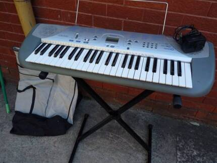 Casio Electric Keyboard CTK230 and stand