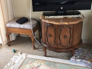 Misc Lvg Rm Tables and Couch - priced to sell