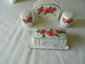 Table Ware Set