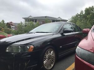 2005 Volvo S60 2.5T Sedan! Inspection up to date.