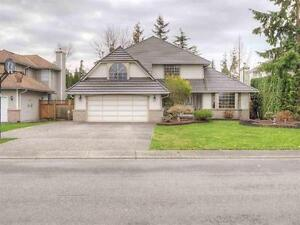 $2800 –2500ft2 –Spectacular 2 storey Single house – Walnut Grove