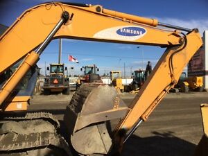 EXCAVATOR Edmonton Edmonton Area image 2