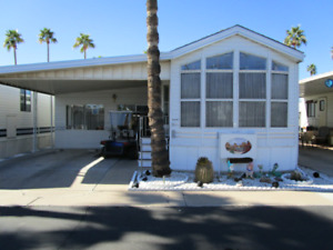 RESORT HOME W/ LARGE AZ ROOM & GOLF CART IN FRIENDLY TOWERPOINT