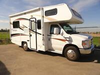 BLOW OUT SPECIAL 19' Motorhome with LOW MILES