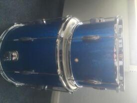 c&c date 1 , drum kit, modern vintage style drums in blue sparkle, like gretsch slingerland Ludwig