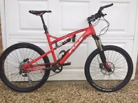 REDUCED FOR FAST SALE Full suspenson Fuji Reveal 3.0 mountain bike - Great condition!