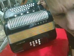 "accordéon diatonique ""HOHNER"