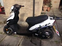 MOPED LONGJIA 50cc ONLY 4 MONHTS OLD / ****FOR QUICK SALE****