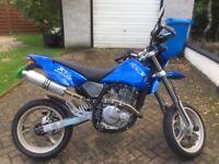 CCM R 30 supermoto