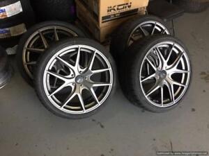 4 mag + 4 pneus neufs --------- 19 pouces --------------- kit complet