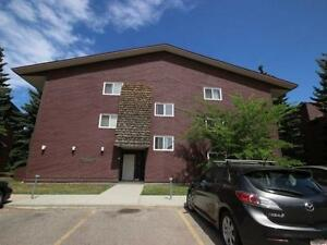 March 26 Condo Online Auction: MLS# E4049774, Comfree# 618680