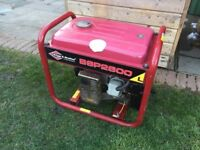 Briggs and Stratton Large Generator 115V And 230V Good For Builder Camping Reliable Only £190