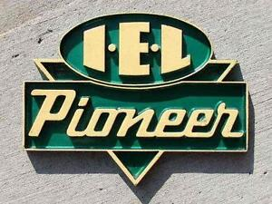 IEL Pioneer Chainsaw Items Signs Manuals Thermometers Etc Peterborough Peterborough Area image 1