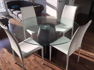 Table en verre ronde & 4 chaises / Round glass table & 4 chairs