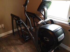 Cybex Arc Trainer Elliptical Machine