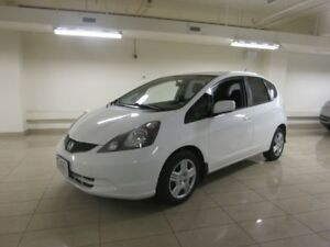 2014 Honda Fit LX B-Tooth,Great on gas
