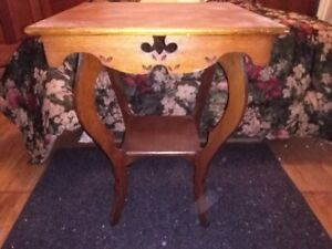 Vintage Antique Shabby Chic 2-Tier Solid Wood Table