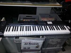 Axiom MIDI Keyboard. We sell used musical instruments. (#41318)