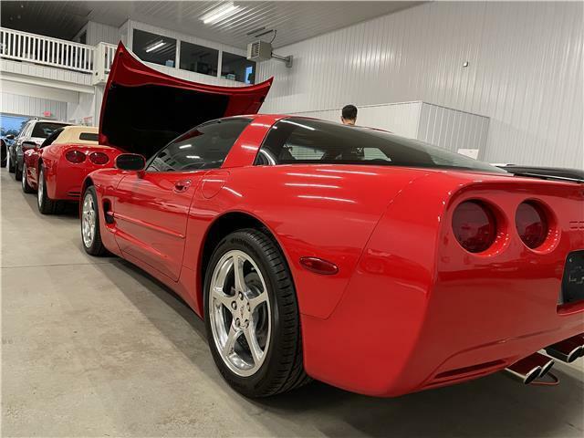 2000 Red Chevrolet Corvette Coupe  | C5 Corvette Photo 9