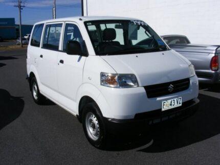 2012 Suzuki APV White 5 Speed Manual Van Devonport Devonport Area Preview