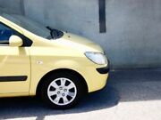 2010 Hyundai Getz TB SX Yellow 4 Speed Manual Hatchback Mount Hawthorn Vincent Area Preview