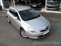 VAUXHALL ASTRA 2.0 ELITE CDTI S/S 5d 163 BHP Full Leather, Lovely (silver) 2011