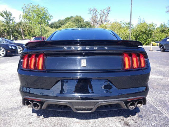 Image 8 Voiture American used Ford Mustang 2017