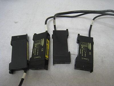 4 Banner D12EN6FP Fiber Optic sensors Look new, sell as used