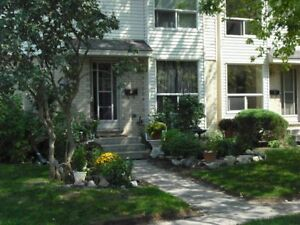 Picturesque Byron-3 bed+ Den townhomes from $1275 plus utilities