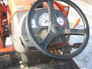 Kubota B3200 Tractor, Loader Cambridge Kitchener Area image 13