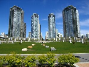 Yaletown Luxurious 2br+den+2bath with stunning water view