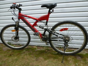 Vortex Supercycle Mens Mountain Bike 20 in frame Excellent shape