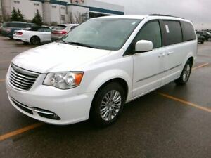 2016 Chrysler Town & Country TOURING L STOW N GO CUIR MAGS À VEN