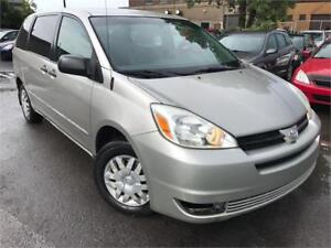 TOYOTA SIENNA CE 2004 AUTO/AC/CRUISE CONTROL/7 PASSAGERS !!
