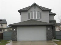 -July ONLY $1000-Main and Upper-3 bdrm,Crystal Shores,Okotoks-IN