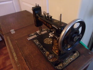 ANTIQUE TREADLE SEWING MACHINE Prince George British Columbia image 5