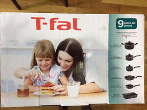 T-FAL 9 -fal 9-Piece Cookware Set [BRAND NEW]