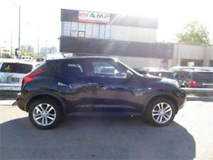 2011Nissan JUKE SV MANUAL sport red accents We Approve All Cred
