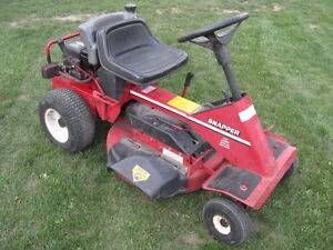 Snapper Rear Engine Rider, 8 Hp, 28 Inches Deck, Kawartha Lakes Peterborough Area image 4
