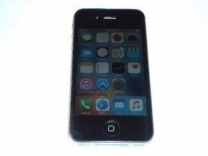 Iphone 4 in perfect condition Prince George British Columbia image 2