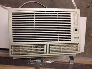 Kenmore air conditioner, good working condition, model:253-35546