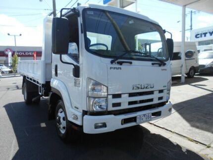 2011 Isuzu FRR 500 White Tipper 5.2l