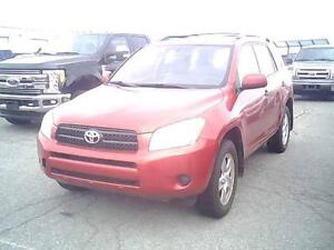 2007 TOYOTA RAV4 AUTOMATIQUE CLIMATISEE 4CYLINDRES PROPRE